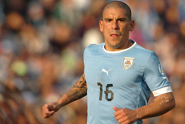 Premier League: Liverpool quiere al Maxi Pereira